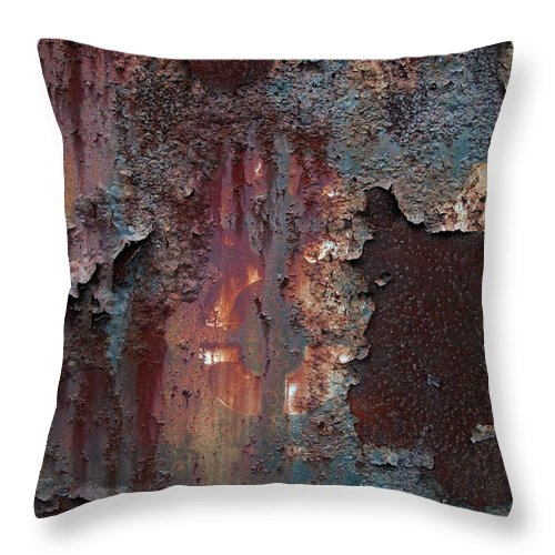 Eight Throw Pillow featuring the photograph Eight by Murray Bloom