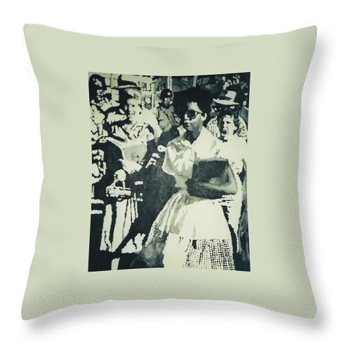 Civil Rights Throw Pillow featuring the painting Elizabeth Eckford making her way to Little Rock High School 1958 by Lauren Luna