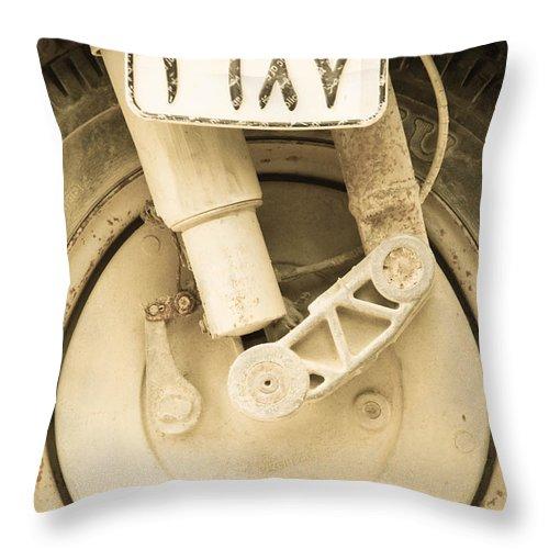 Al-ahyaa Throw Pillow featuring the photograph Elmod by Jez C Self