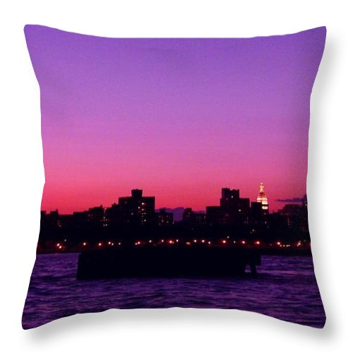 Waterscape Throw Pillow featuring the photograph Empire State Magic by Kendall Eutemey