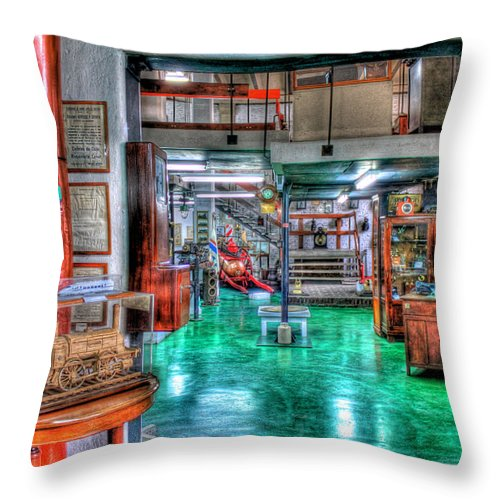 Railroad Throw Pillow featuring the photograph Enter by Francisco Colon