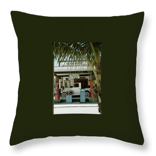 Everglade City Throw Pillow featuring the photograph Everglade City II by Flavia Westerwelle