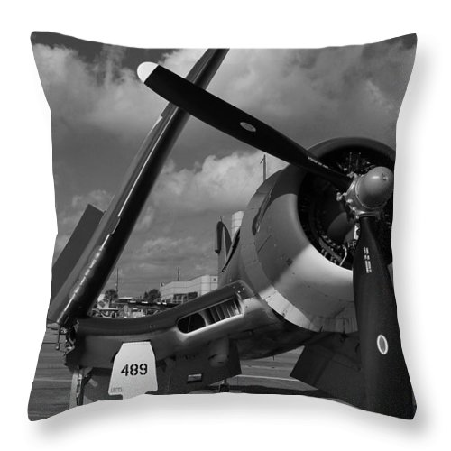 F4fu Throw Pillow featuring the photograph F4fu by Mark Grayden