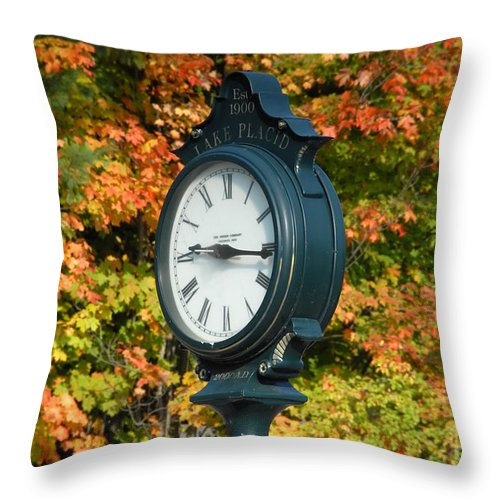 Lake Placid New York Throw Pillow featuring the photograph Fall Time by David Lee Thompson