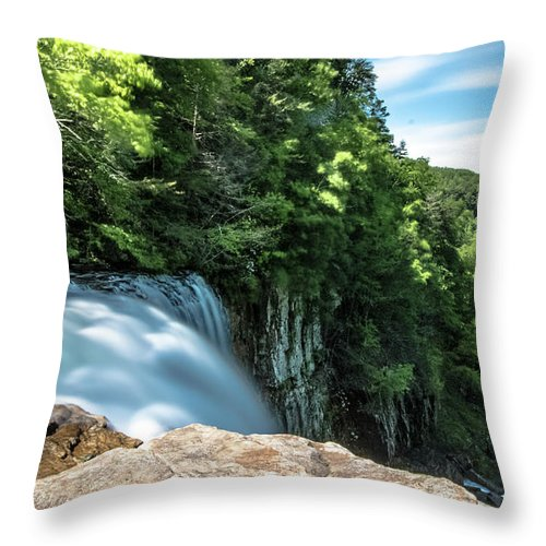 Long Exposure Throw Pillow featuring the photograph Falling by Mike Dunn