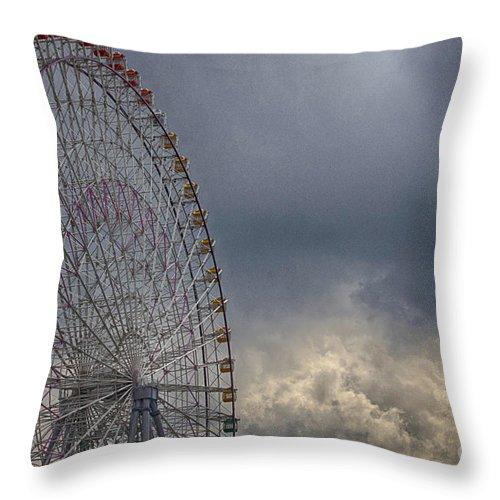 Cloud Throw Pillow featuring the photograph Ferris Wheel by Tad Kanazaki