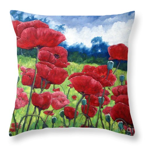 Poppies Throw Pillow featuring the painting Field Of Poppies by Richard T Pranke