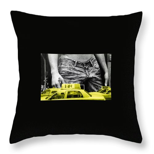 Photo Throw Pillow featuring the photograph Fifth Avenue- Ny by Enrique Crusellas