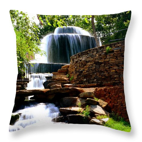 Finlay Park Throw Pillow featuring the photograph Finlay Park Columbia Sc Summertime by Lisa Wooten