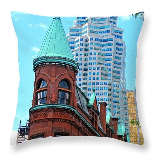 Flat Iron Building Throw Pillow featuring the photograph Flat Iron Building by Ian MacDonald