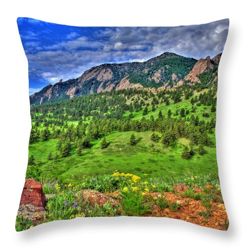 Flatirons Throw Pillow featuring the photograph Flatirons And Clouds by Scott Mahon