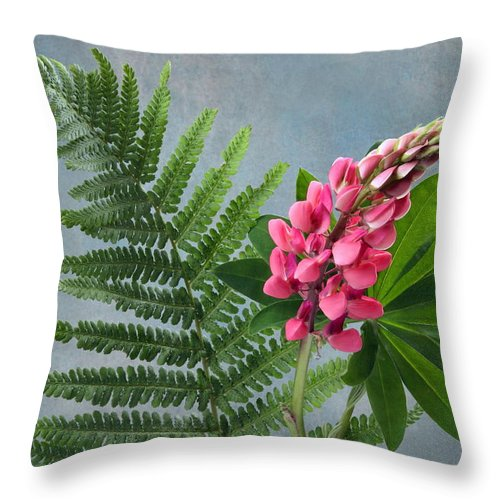 Flowers Throw Pillow featuring the photograph Floral by Manfred Lutzius
