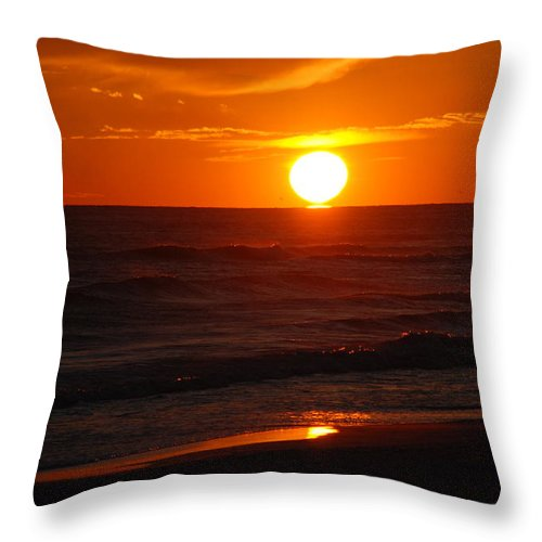 Sunset Throw Pillow featuring the photograph Florida Sunset by Susanne Van Hulst
