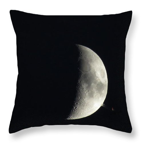 Moon Throw Pillow featuring the photograph The Fly By by Ronald Raymond