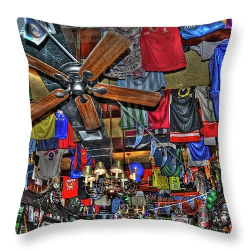 Foley's Pub Throw Pillow featuring the photograph Foley's Pub In Manhattan by Randy Aveille