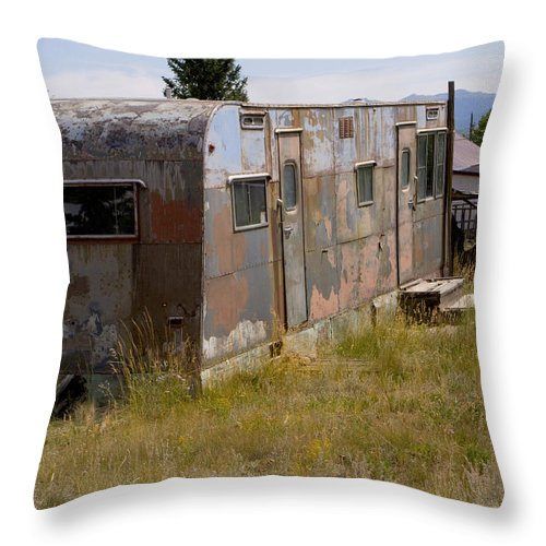 Landscape Throw Pillow featuring the photograph Forgotten Home by Jeffery Ball