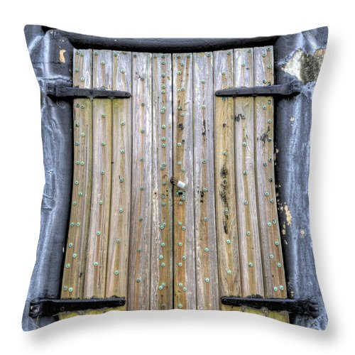 Fort Throw Pillow featuring the photograph Fort Moultrie Bunker Door by Dustin K Ryan