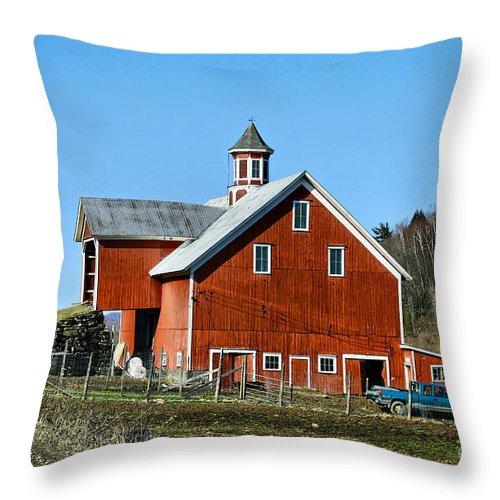 Barn Throw Pillow featuring the photograph Franklin Spring Barn by Deborah Benoit
