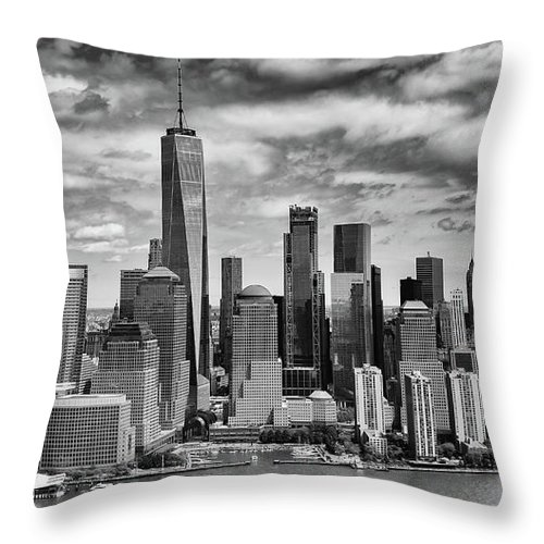 Black And White Throw Pillow featuring the photograph Freedom Tower by Rand
