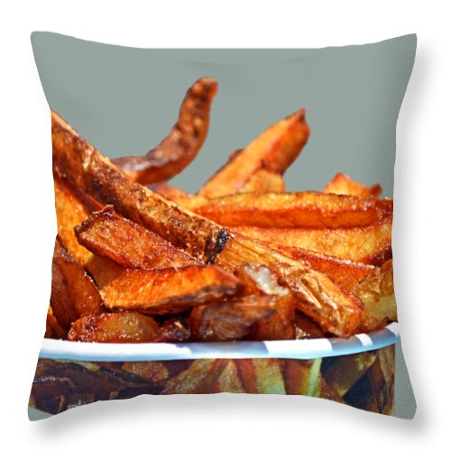 French Fries Throw Pillow featuring the photograph French Fries On The Boards by Bill Swartwout Fine Art Photography