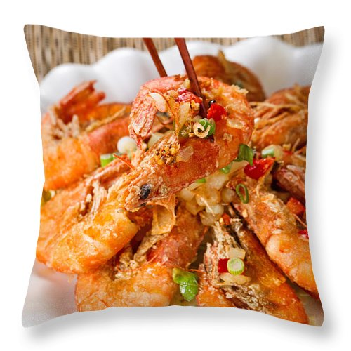 Shrimp Throw Pillow featuring the photograph Fried Bread Coated Shrimp And Garnishes On White Serving Plate R by Thomas Baker