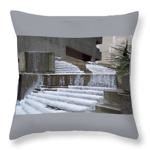 Fountain Throw Pillow featuring the photograph Frozen Fountain by Linda Chambers