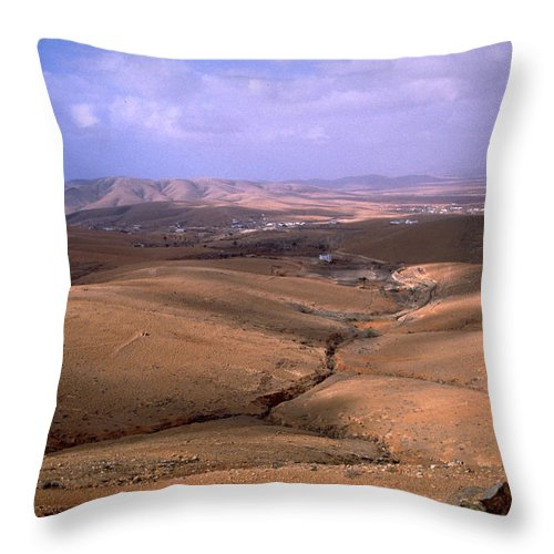 Fuerteventura Throw Pillow featuring the photograph Fuerteventura I by Flavia Westerwelle
