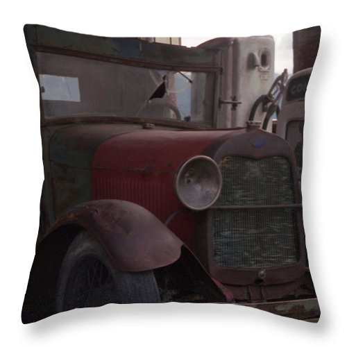 Gas Station Throw Pillow featuring the photograph Full Service by Richard Rizzo