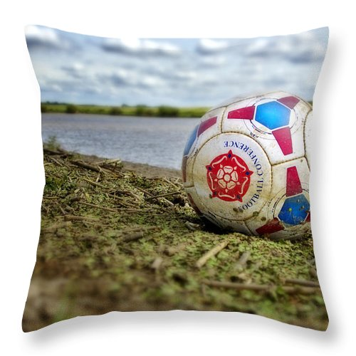River Throw Pillow featuring the photograph Gainsborough Is Awesome by Jason M Rogers