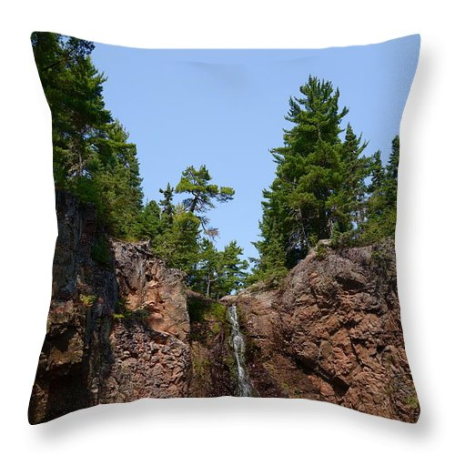 Waterfalls Throw Pillow featuring the photograph Gauthier Falls In Late August by Sandra Updyke