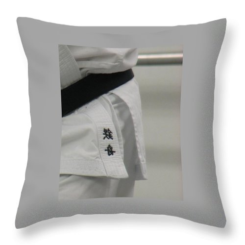 Karate Throw Pillow featuring the photograph Gi by Kelly Mezzapelle