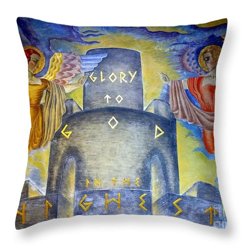 Murals Throw Pillow featuring the photograph Glory To God In The Highest by Ed Weidman