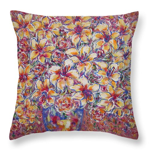 Lily Throw Pillow featuring the painting Golden Splendor by Natalie Holland