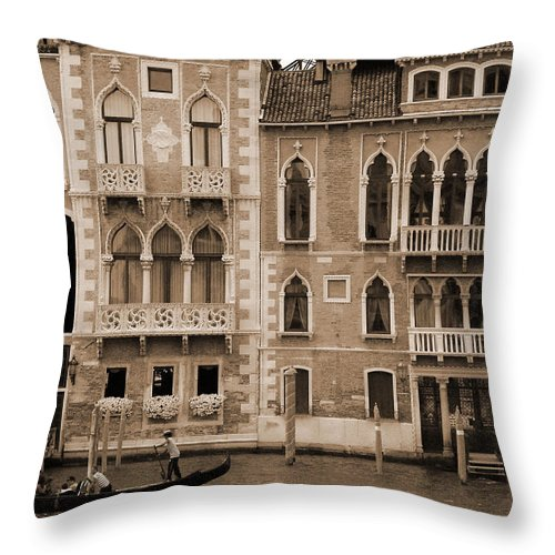 Gondola Throw Pillow featuring the photograph Gondola Crossing Grand Canal by Donna Corless