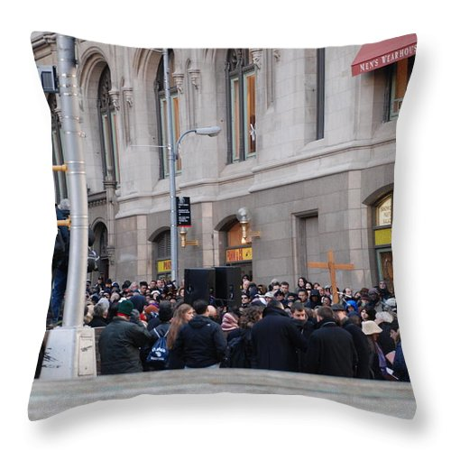 Church Throw Pillow featuring the photograph Good Friday On Trinity Place by Rob Hans
