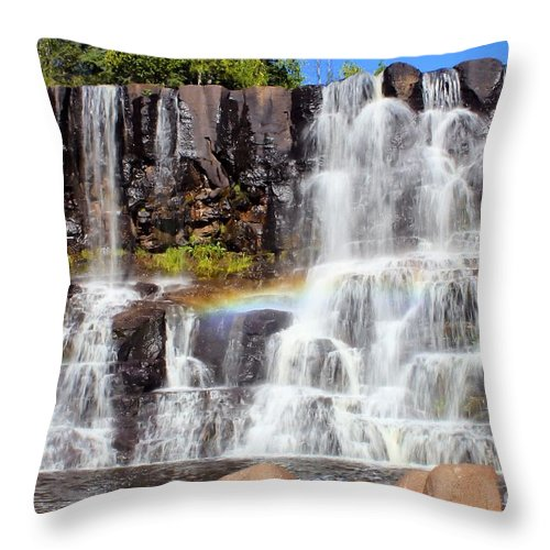 Gooseberry Falls Throw Pillow featuring the photograph Gooseberry Falls 5 by Jimmy Ostgard