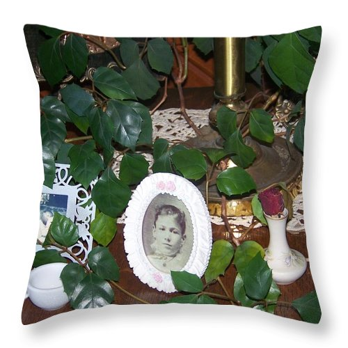 Vine Throw Pillow featuring the photograph Grandma's Table by Jackie Mueller-Jones