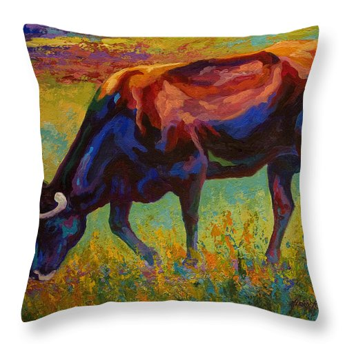 Longhorn Throw Pillow featuring the painting Grazing Texas Longhorn by Marion Rose