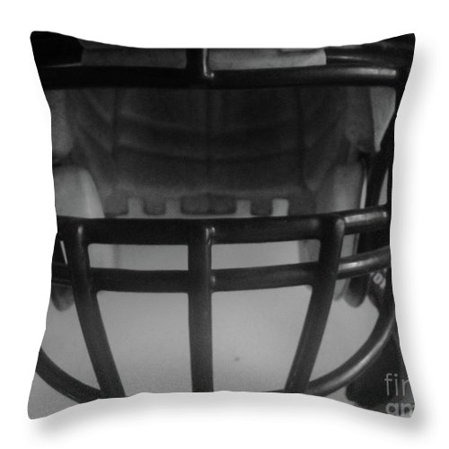 Facemask Throw Pillow featuring the photograph Green Bay Packers Superbowl 45 Champs by WaLdEmAr BoRrErO