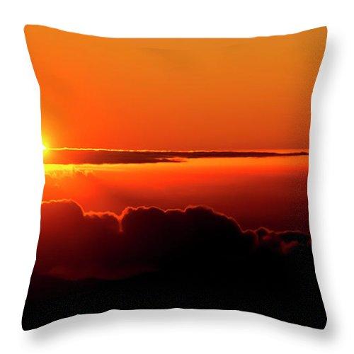 Sunrise Throw Pillow featuring the photograph Maui Hawaii Haleakala National Park Sunrise IIi by Jim Cazel