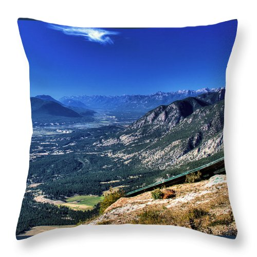 Hang Throw Pillow featuring the photograph Hang Gliders Point Of View by Monte Arnold