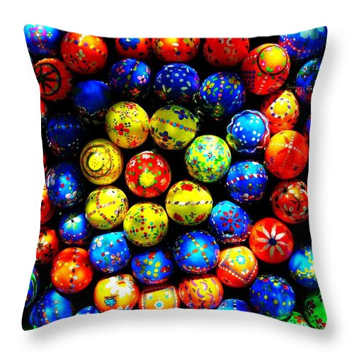 Easter Throw Pillow featuring the photograph Happy Easter by Juergen Weiss