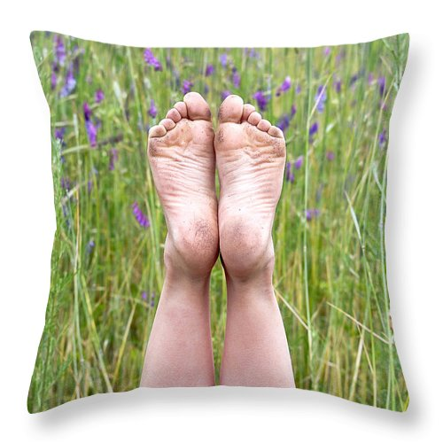 Barefoot Throw Pillow featuring the photograph Happy Feet by Maria Dryfhout