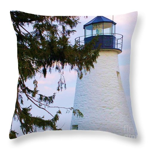 Lighthouse Throw Pillow featuring the photograph Havre De Grace Lighthouse by Debbi Granruth