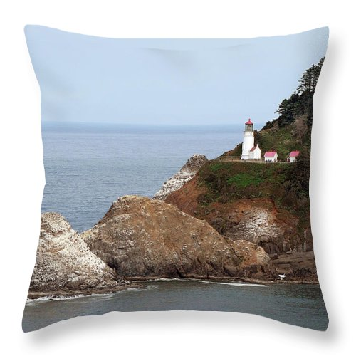 Hecata Head Lighthouse Throw Pillow featuring the photograph Heceta Head Lighthouse - Oregon's Scenic Pacific Coast Viewpoint by Christine Till