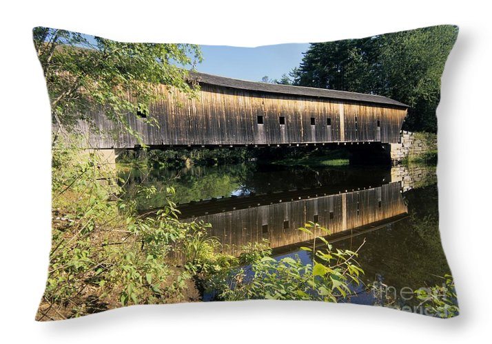 Covered Bridge Throw Pillow featuring the photograph Hemlock Covered Bridge - Fryeburg Maine Usa. by Erin Paul Donovan