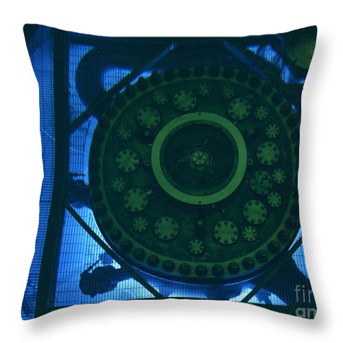 Science Throw Pillow featuring the photograph High Flux Isotope Reactor Pool by Science Source