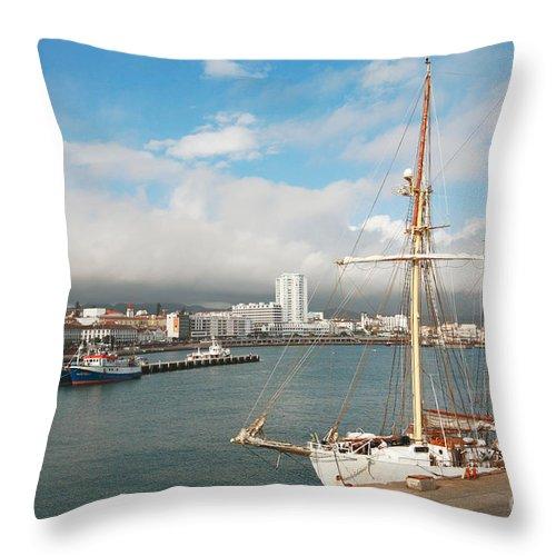Hms Falken Throw Pillow featuring the photograph Hms Falken by Gaspar Avila