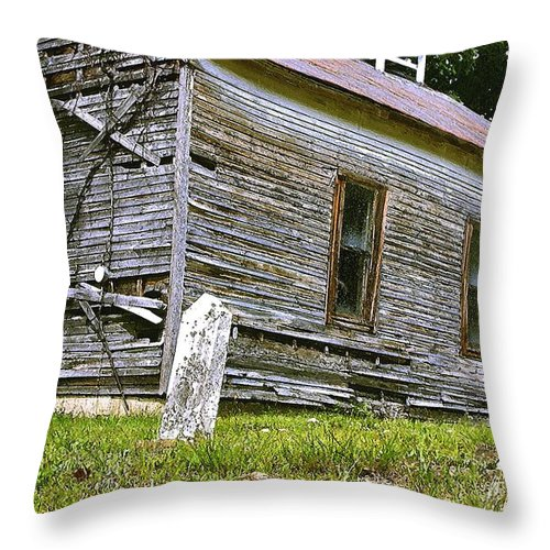 Church Throw Pillow featuring the photograph Hocking Hills Church by Nelson Strong