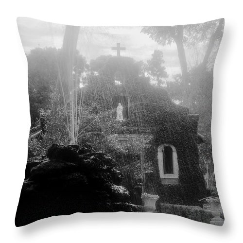 Fountain Throw Pillow featuring the photograph Holy Waters by David Lee Thompson
